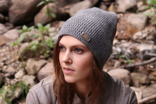 Alpakų vilnos ir vilnos pilka kepurė