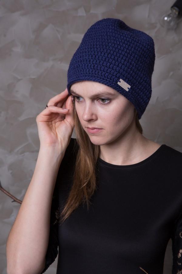 Mėlyna alpakų vilnos ir vilnos kepurė